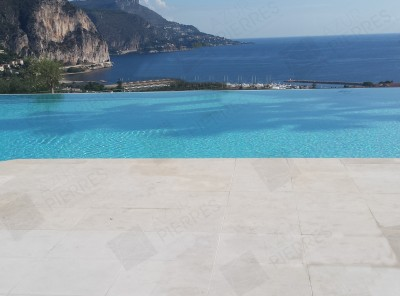 natural stone for the floor french riviera